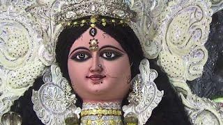 preview picture of video 'Madhyanchal Chandannagar Jagaddhatri Puja 2014 - Bengali Festival Video'