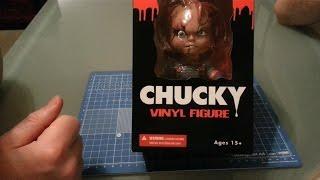 Mezco - Chucky Vinyl Figure Child's Play - Figure Review