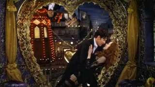 Moulin Rouge Trailer Image