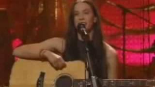 ALANIS MORISSETTE - HEAD OVER FEET(unplugged 1999)