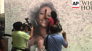 NEW Fans in the Philippines pay tribute to the late singer Whitney Houston
