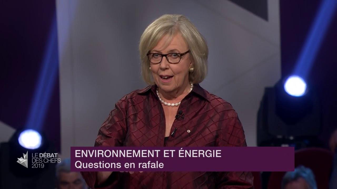 Elizabeth May répond à la question du modérateur sur la décroissance de l'économie