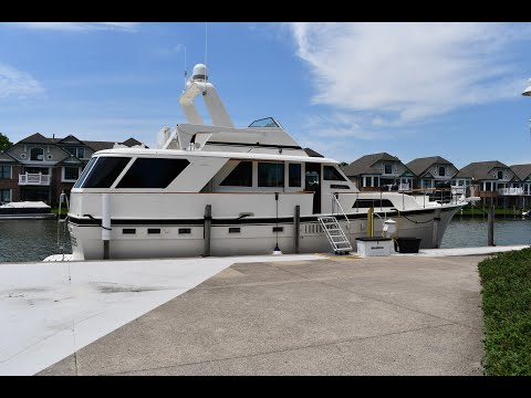 Hatteras 53 Motor Yacht video