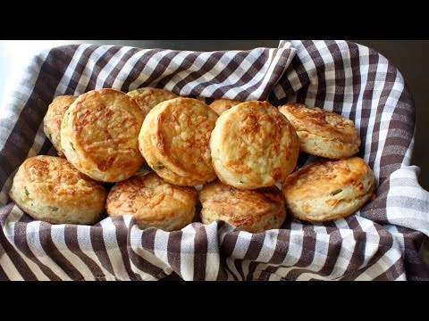 Irish Cheddar Spring Onion Biscuits – Savory Cheddar Green Onion Biscuit Recipe