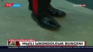Mwili wa Rais mstaafu Daniel Moi waondelewa katika majengo ya bunge