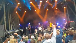 The Charlatans.. One To Another...Carnival 56 Dundee..13/08/17