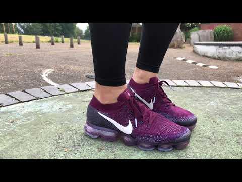 Women's Nike Lab Air VaporMax Flyknit (Bordeaux/Desert Sand/College Navy)
