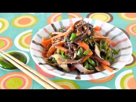 Stir-Fried Gomoku Mozuku (Okinawan Recipe) もずくの五目炒め (沖縄料理レシピ)