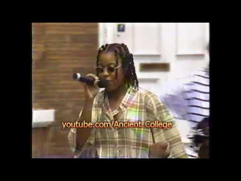Da Brat - Funkdafied Live (1994) Mtv The Grind Mp3