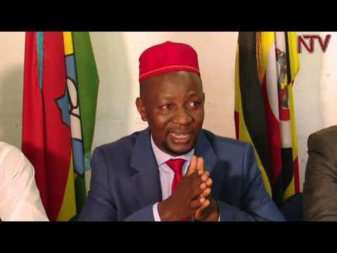 ZUNGULU: Ssemujju agamba kitaawe yenkana ne Museveni naye anyumya mbozi za kuffa