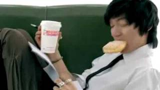 preview picture of video 'lee min ho Dunkin Donuts'