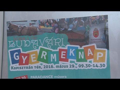 Gyermeknap a Budai Várban - video preview image