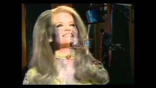 Lynn Anderson - Rose Garden, 1971