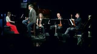 Barbora Mochowa & Martin Růža - The Gift (Annie Lennox cover)