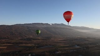 preview picture of video 'Volo in mongolfiera - Belluno, 14 dicembre 2013'