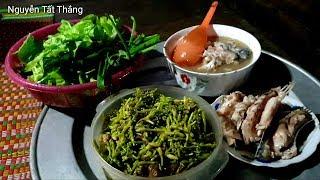 Bữa cơm nhà anh Đào Hoa 7 vợ trên Bản. Nguyễn Tất Thắng