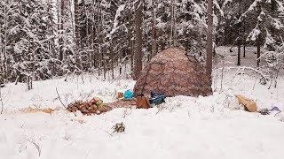Зимняя палатка с печкой для туризма