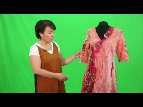 Женское платье в технике нуно-войлок с этническим дизайном