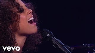 Alicia Keys - Never Felt This Way (Piano & I: AOL Sessions +1)