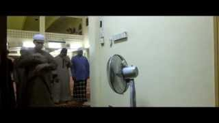 preview picture of video 'Time Lapse Pusat Islam Politeknik Shah Alam PSA end-2014'
