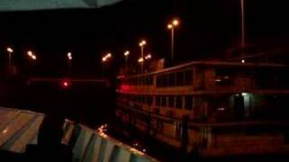 preview picture of video 'Three Gorges Dam in China- Approaching the last gate'