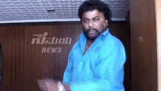Item Song Ban Aagbek - Super Scene From The Movie Porki Huccha Venkat