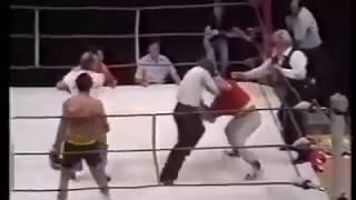 Великий бокс. Рефери невыдержал наглости бойца и тренера и вступил в бой