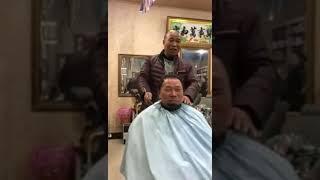 Прикол, ржачно до слез. Китайский парикмахер,в конце видео сюрприз. Pranks