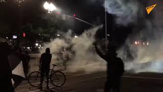 Dym, ogień i krzyki: protesty w Portland