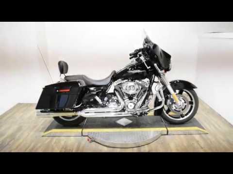 2013 Harley-Davidson Street Glide® in Wauconda, Illinois - Video 1