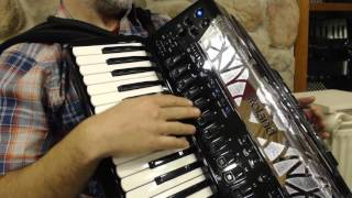How to Play the Roland FR-8X Digital Accordion - Lesson 1 - Overview, Getting Started, Controls