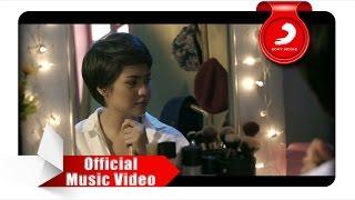 Mytha Lestari  Aku Cuma Punya Hati Official Music Video