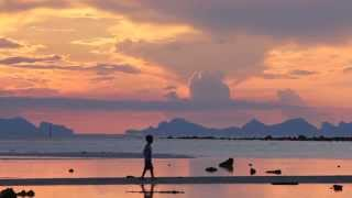preview picture of video 'Koh Samui, sunset in Nathon'
