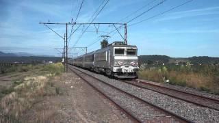 preview picture of video 'La BB 7268 tractant un train de pèlerins italien à destination de Foggia.'
