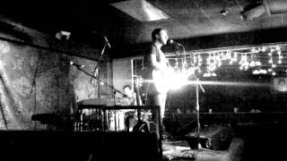 "Ari Hest - ""If I Knew You'd Say Yes"" - Live at The Mill in Iowa City (3/15/2011)"