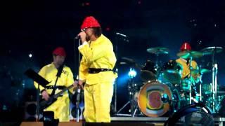 Pearl Jam - Whip It - 10.31.09 Spectrum Philly 4 - Halloween