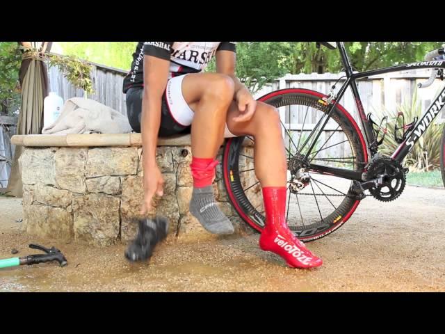 Видео Бахилы высокие Velotoze Road 1.0 черные