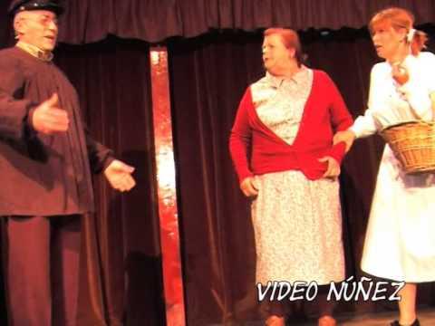 2011_04 Tres Pueblerinas en el madrid de los 40