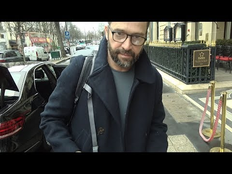 James Purefoy signing autographs in Paris