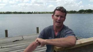 How to Stand Up on Water Skis