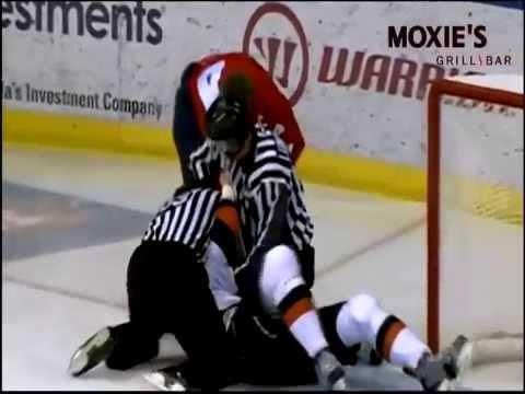 Tyler Bell vs. Scott Allan
