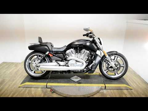 2016 Harley-Davidson V-Rod Muscle® in Wauconda, Illinois - Video 1