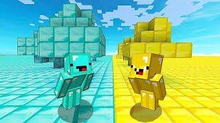 МИР ИЗ АЛМАЗОВ против МИРА ИЗ ЗОЛОТА В Майнкрафте! Minecraft Мультики Майнкрафт троллинг Нуб и Про