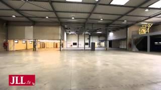 preview picture of video 'Entrepôt/Activité à louer - Buc 78530 - 140 Rolland Garros'