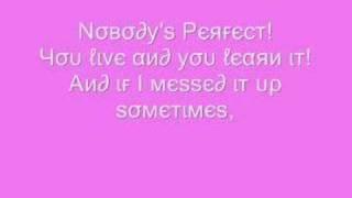 Hannah Montana -  Nobodys Perfect {Lyrics}