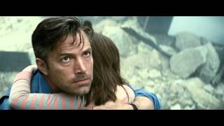 Batman v Superman: Dawn of Justice Official Movie Trailer