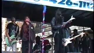 """Joey Ramone and the Resistance play """"Gimme Some Truth"""""""