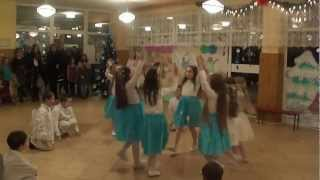 preview picture of video 'Vianočne vystupenie 12.12.2012'