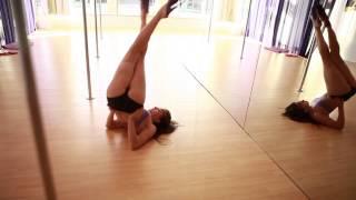 striptizo stulpas ir super šokis