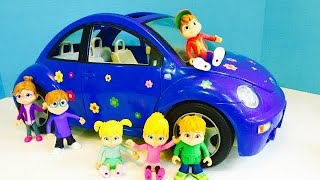 Blue VOLKSWAGEN Beetle Car Toys RIDE to the PARK with Alvin and the Chipmunks!